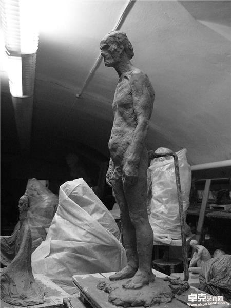 泥塑人体3